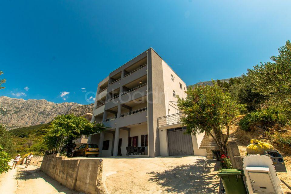 Sea view apartment Oscar III