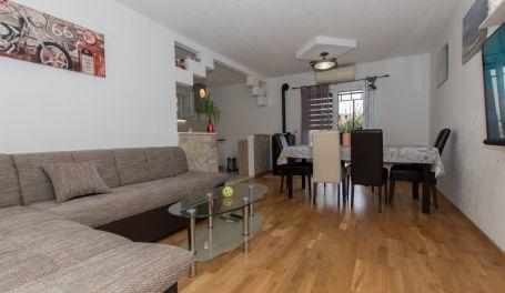 Apartment in quiet area Vesna