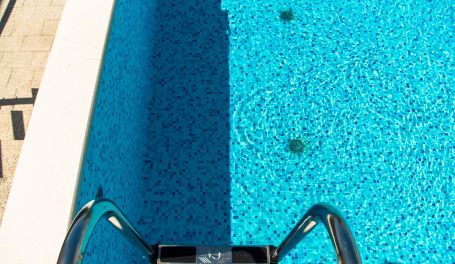 Apartment Stanley private pool