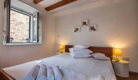 Old Town apartment Jadre