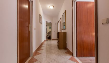 Apartment Ruzze I